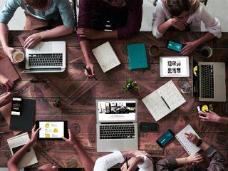 5 reasons why un espace de travail fou engendre un revenu b39lou